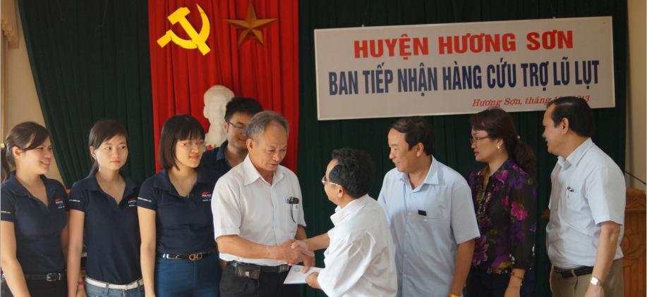 POLYCO sẻ chia cùng đồng bào bão lụt tại Nghệ An và Hà Tĩnh 4